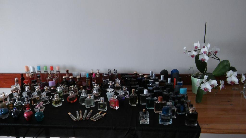 Spotkanie pachnące perfumami