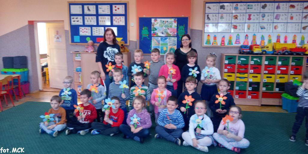 Zajęcia EKO z Biblioteką w przedszkolu w Pięczkowie